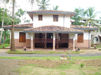 Sri lanka property sales businesses for Open veranda design